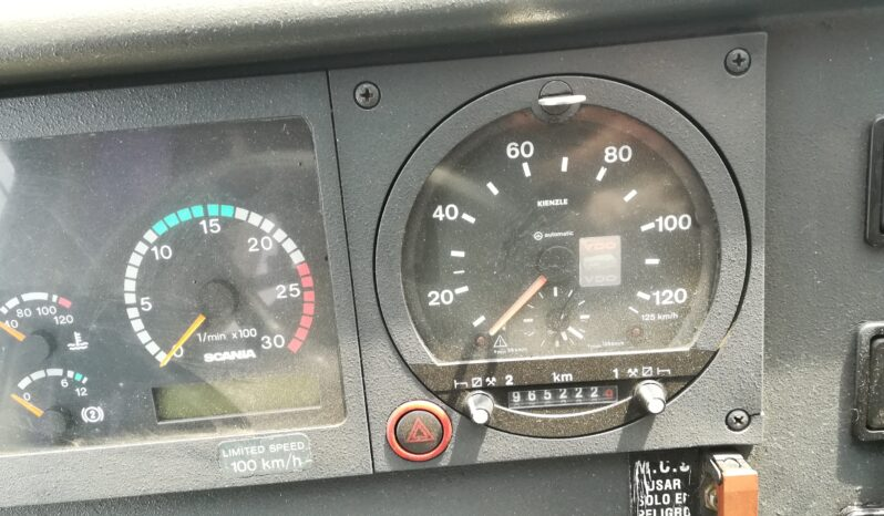AUTOBUS K 124 54+G+C lleno